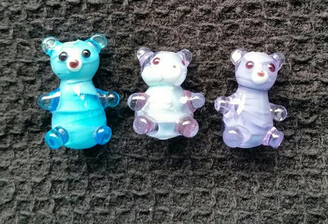 Teddybears encased