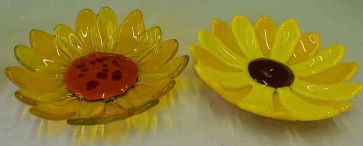 Sunflower dishes 2